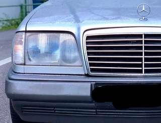 W124 Mercedes Benz 200E