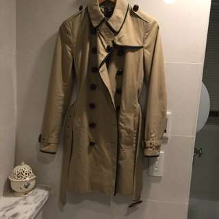 Burberry 經典外套