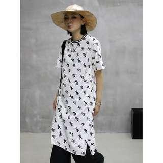 VM 春夏 潮 原創印花小眾字符號 顯瘦長款圓領T恤 連身裙