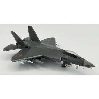 <預購--4/30到貨>FC-31鶻鷹戰鬥機 中國人民解放軍 殲31 j31 隱形戰鬥機 1/144 合金飛機模型