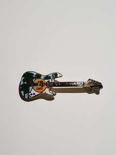 Fort Lauderdale Hard Rock Cafe Guitar Pin, Collectible