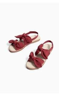 Sepatu Sandal Zara