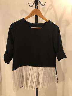 Black and white pleat top