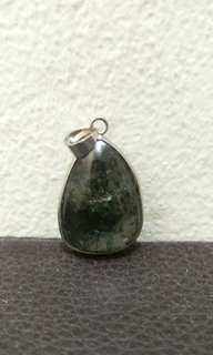Green phantom pendant