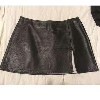 real leather black short skirt with split