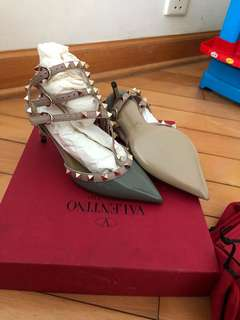 Brand New, never worn ,Valentino Rockstud shoes full set with box and dust bag