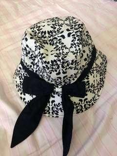 Hat 太陽帽 闊邊帽 全新 brand new $180 each