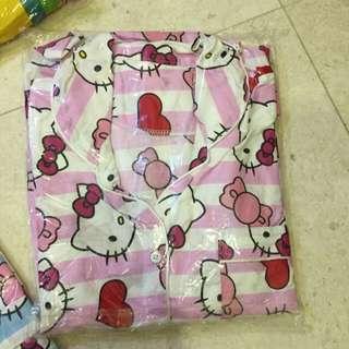 pink love hello kitty pyjamas (sleepwear)