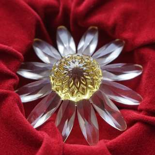 Swarovski membership gift yellow flower (029)