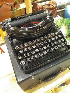 1931 Vintage打字機