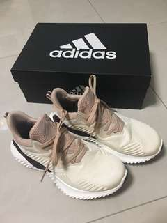 Adidas AlphaBOUNCE Beyond-第二代 女運動鞋 9.9成新 size:US 7