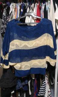 knitted top (med-large)
