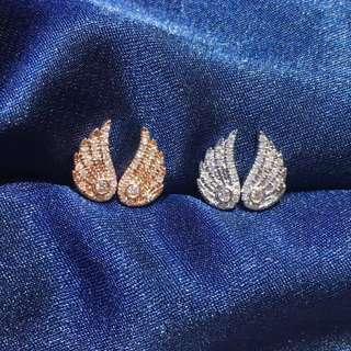 18k金鑽石天使翼耳釘