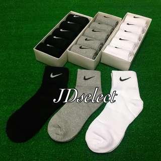 🚚 ✔️NIKE 中筒襪 女款 黑灰白 三色 百搭 襪子 素色襪
