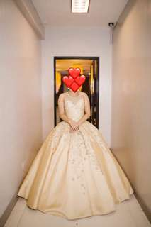 BALL GOWN FOR RENT: