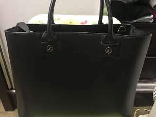 Agnès b 黑色方型皮袋