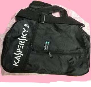 Kaspersky bag 電腦袋