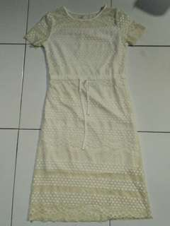 [Reprice] Dress Putih Brokat 7/8