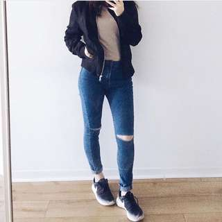 Ripped jeans size 25/26