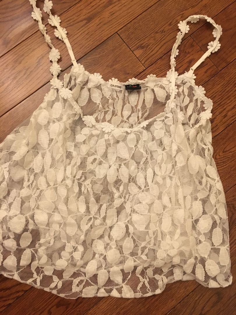 ⭐️ Two for $5! - Lace Top