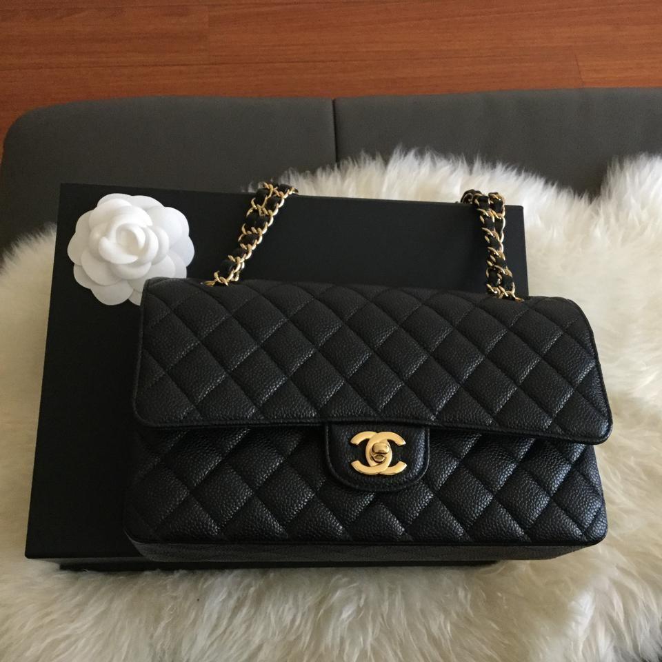 05e58c2e8698 Chanel Caviar Medium Classic Flap
