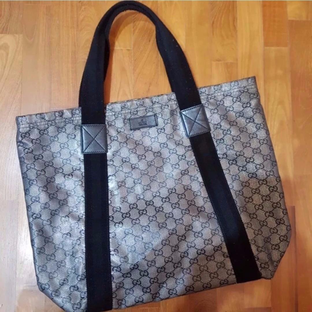 61aba26929 Gucci Women's Monogram GG Logo Large Tote Bag Grey and Black, Luxury ...
