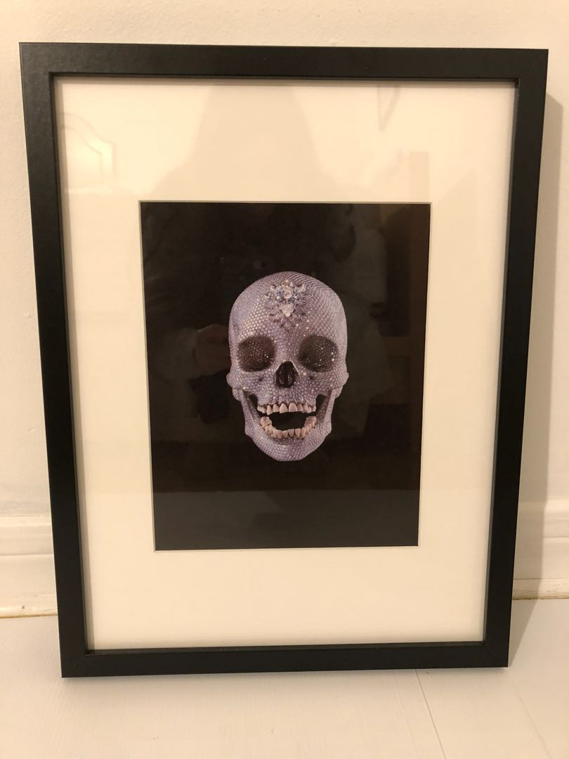 Kourtney Kardashian Diamond Skull Art