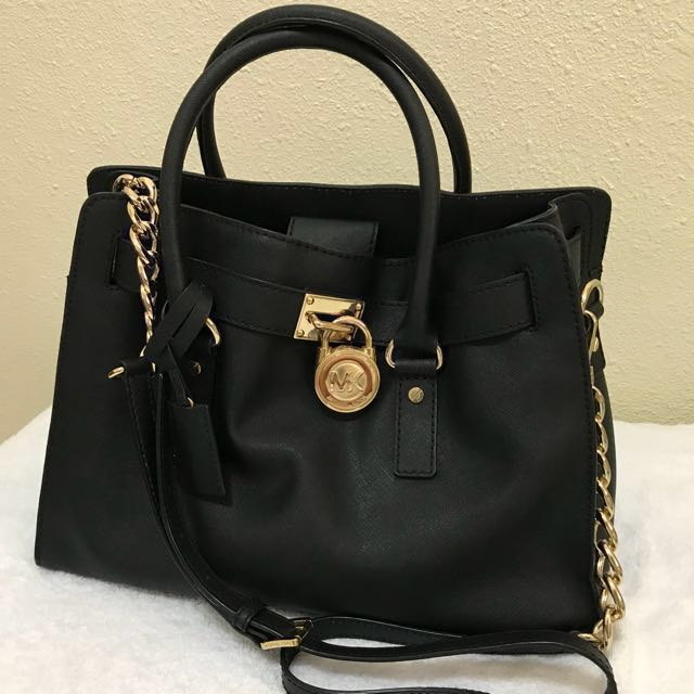 76436bd70407 Michael Kors Hamilton Large East West Tote, Black, Luxury, Bags & Wallets  on Carousell