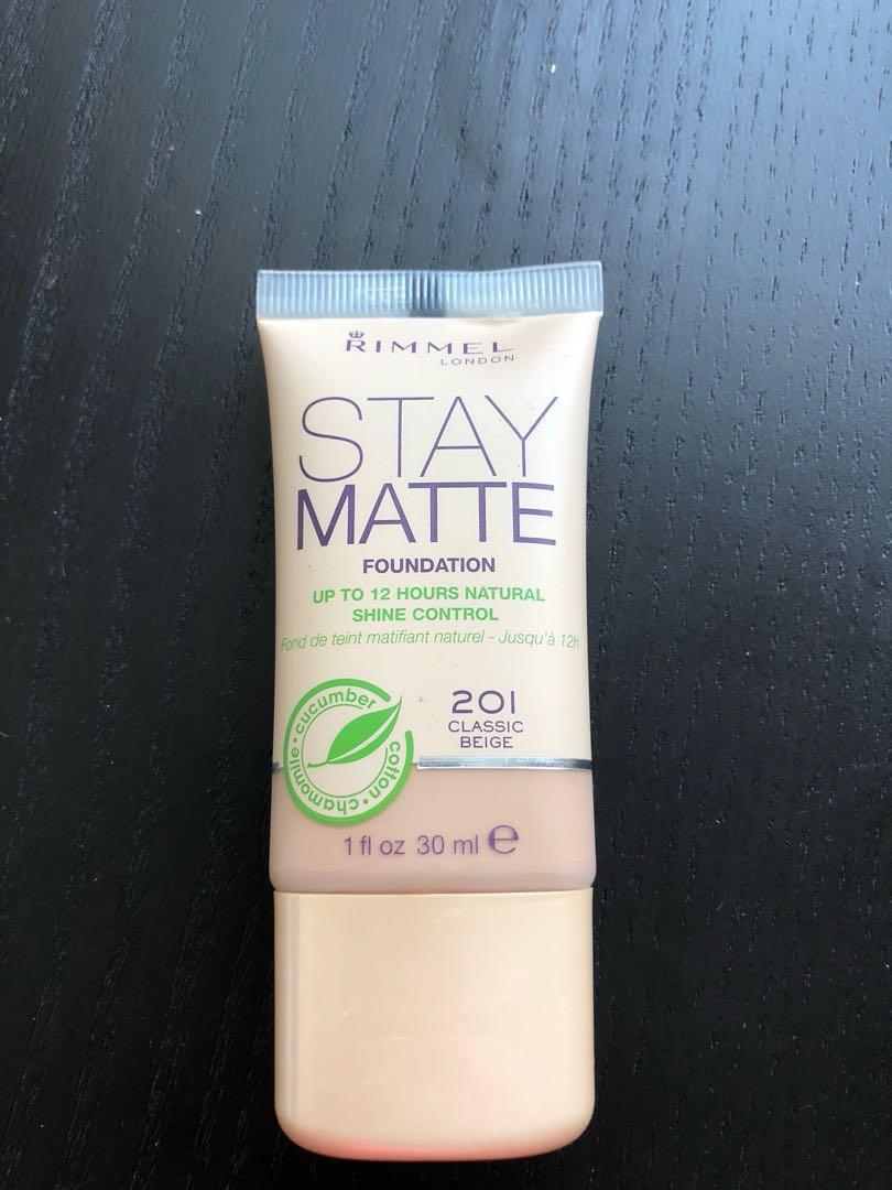 Rimmel Stay Matte Liquid Foundation