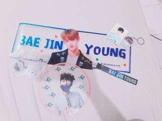 Wanna one Bae Jinyoung Fan Goods set