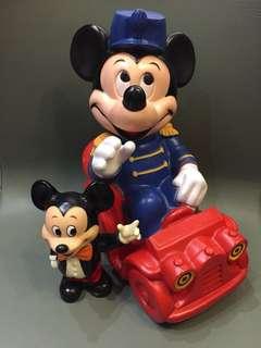 1970年代 Disney 正版古董米奇 1對出售 Made in Hongkong 30cm高 & 16cm高 $880