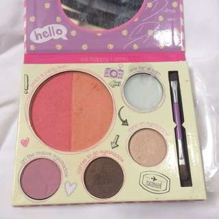 Essence Blogger Palette Limited Edition