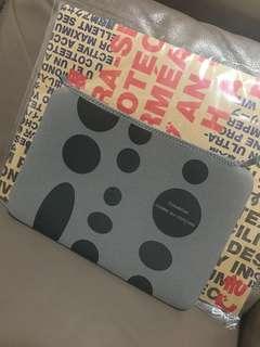 Comme Des Garçons特別版iPad/notebook袋