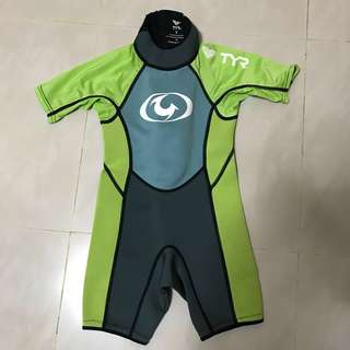 TYR thermal wet suit swim wear