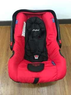 Preloved Halford Elite Classic Infant carseat