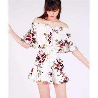 Floral Offsie Front Laced Romper (Free Mailing)