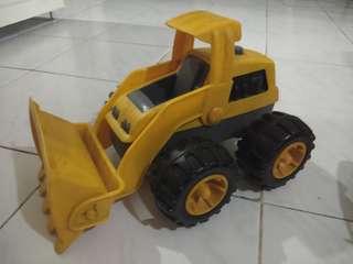 Car/ construction truck