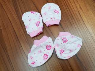 NEW Baby Girl Mittens & Booties