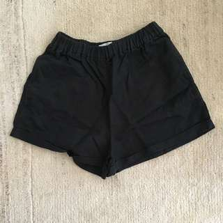 Aritiza Wilfred free black shorts xs
