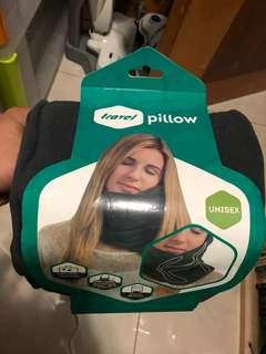 Travel pillow 旅行枕頭