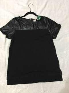 Simons Black Tshirt
