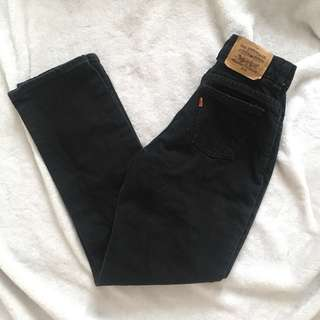REDUCED🌻VINTAGE BLACK LEVI'S MOM JEANS