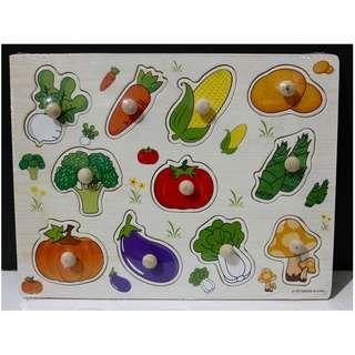 Wooden Peg Puzzle - Vegetables