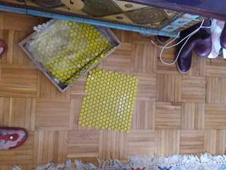 Yellow ceramic tile 5 piece's