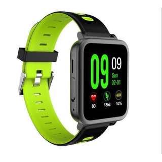 智慧手錶,測量心跳、計步器⋯⋯
