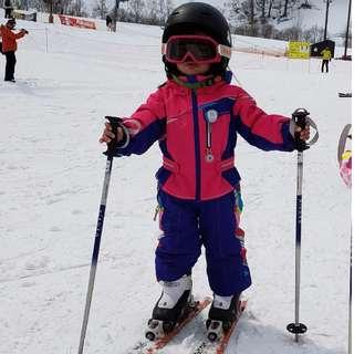 Obermeyer Ski Jacket Ski Set for kids at 3 years old or 4 years old 兒童 防水 滑雪 雪衫 雪褲