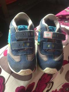 Original crocs rubber shoes