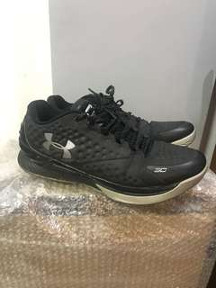 Used UA Curry 1 Low (Black) Size 11