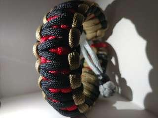 Cobra/King cobra paracord bracelet