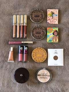 Makeup bundle - PIRCE DROP